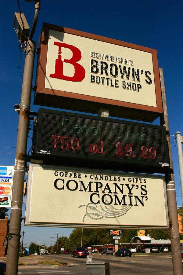 browns_signage_01